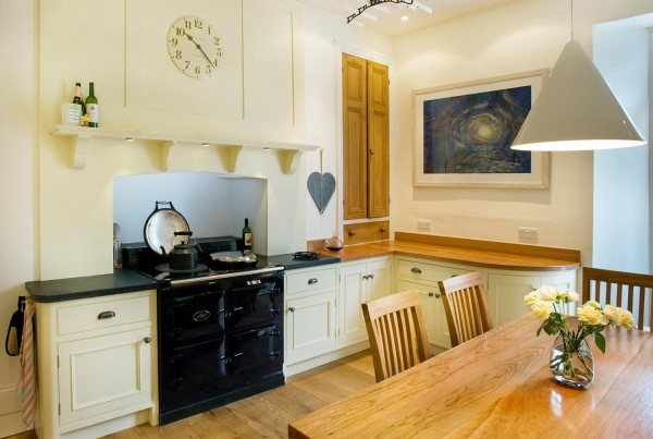 country home george robinson kitchens. Black Bedroom Furniture Sets. Home Design Ideas