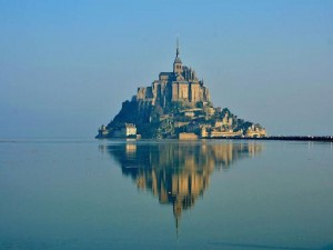 le-mont-saint-michel-high-spring-tide-13
